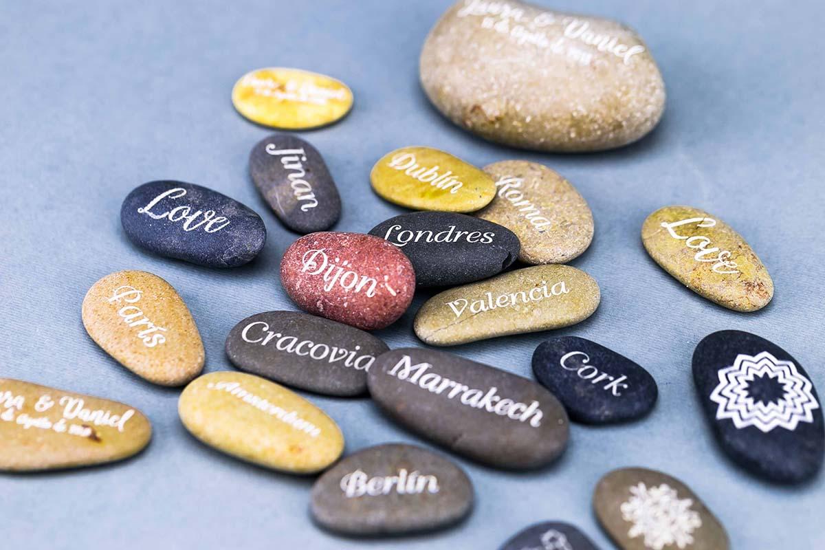 Piedras personalizadas a láser 4